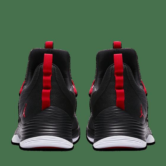 new product 92d6a f695f Jordan Ultra Fly 2 Low Black AH8110-001