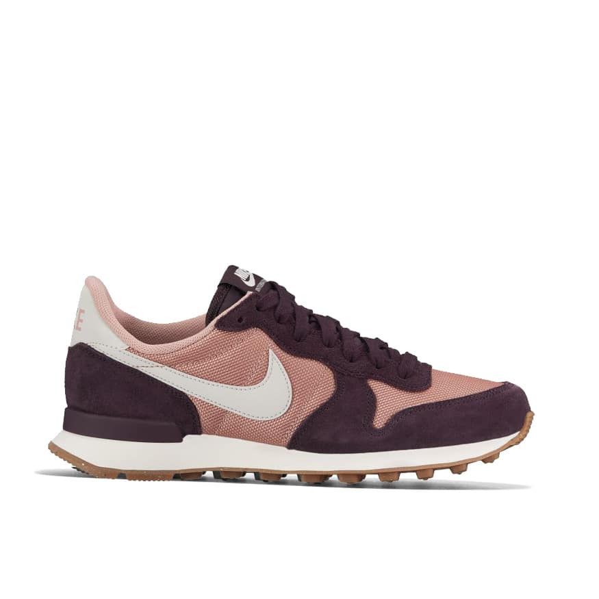 reputable site 82e5d 97e4b Nike Internationalist Women s 828407-608   BaskeTTemple