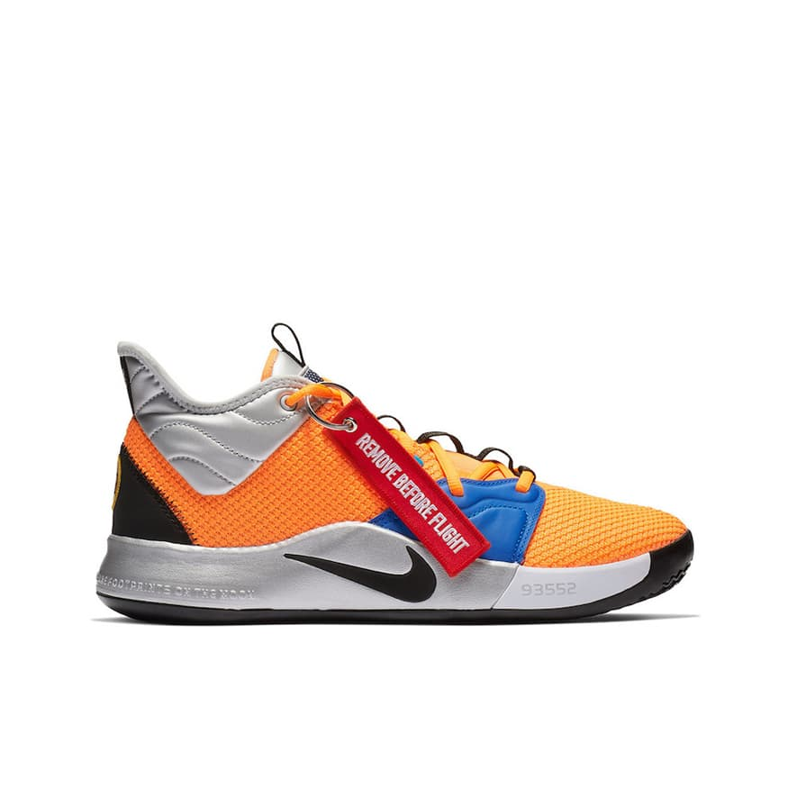 competitive price 068f5 2676d Nike PG3 X NASA   BaskeTTemple